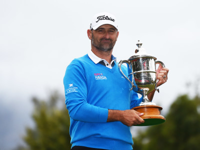 Kiwi Kip Hendry Wins NZ open
